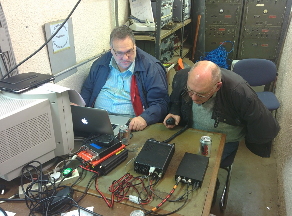 Peter, G0IAP, operates while Chris, G8OCV, logs.